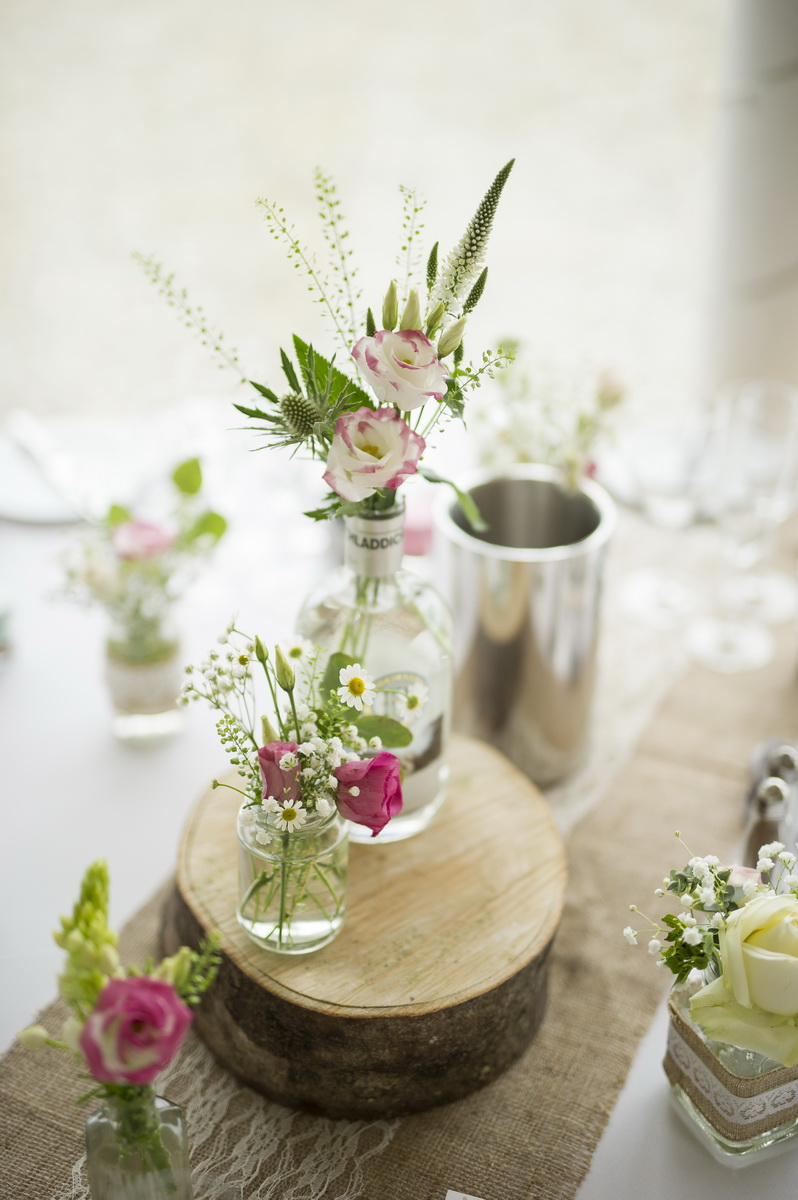 table-centrepiece-flowers.jpg