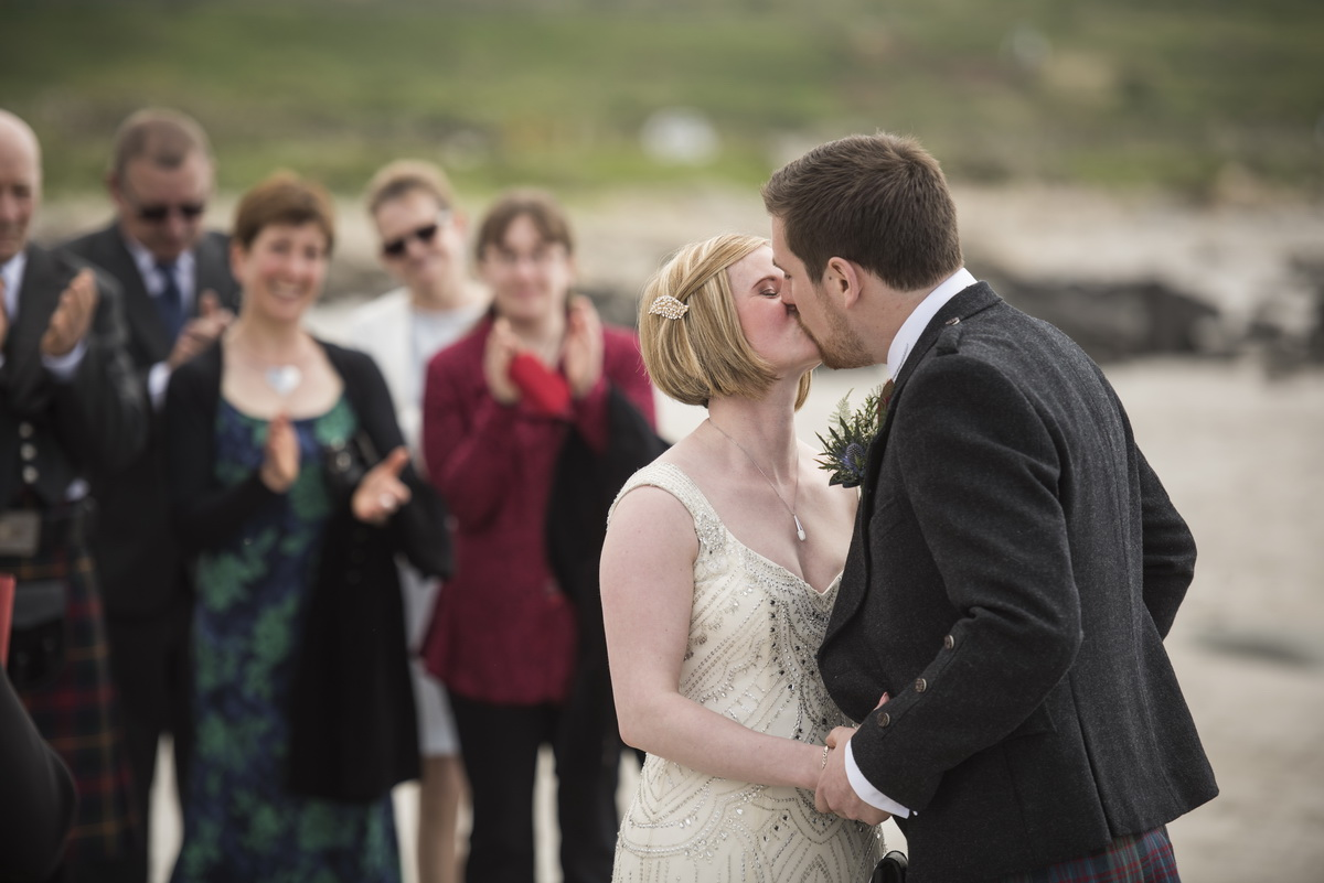 _weddingkiss_beach_westcoastscotland.jpg