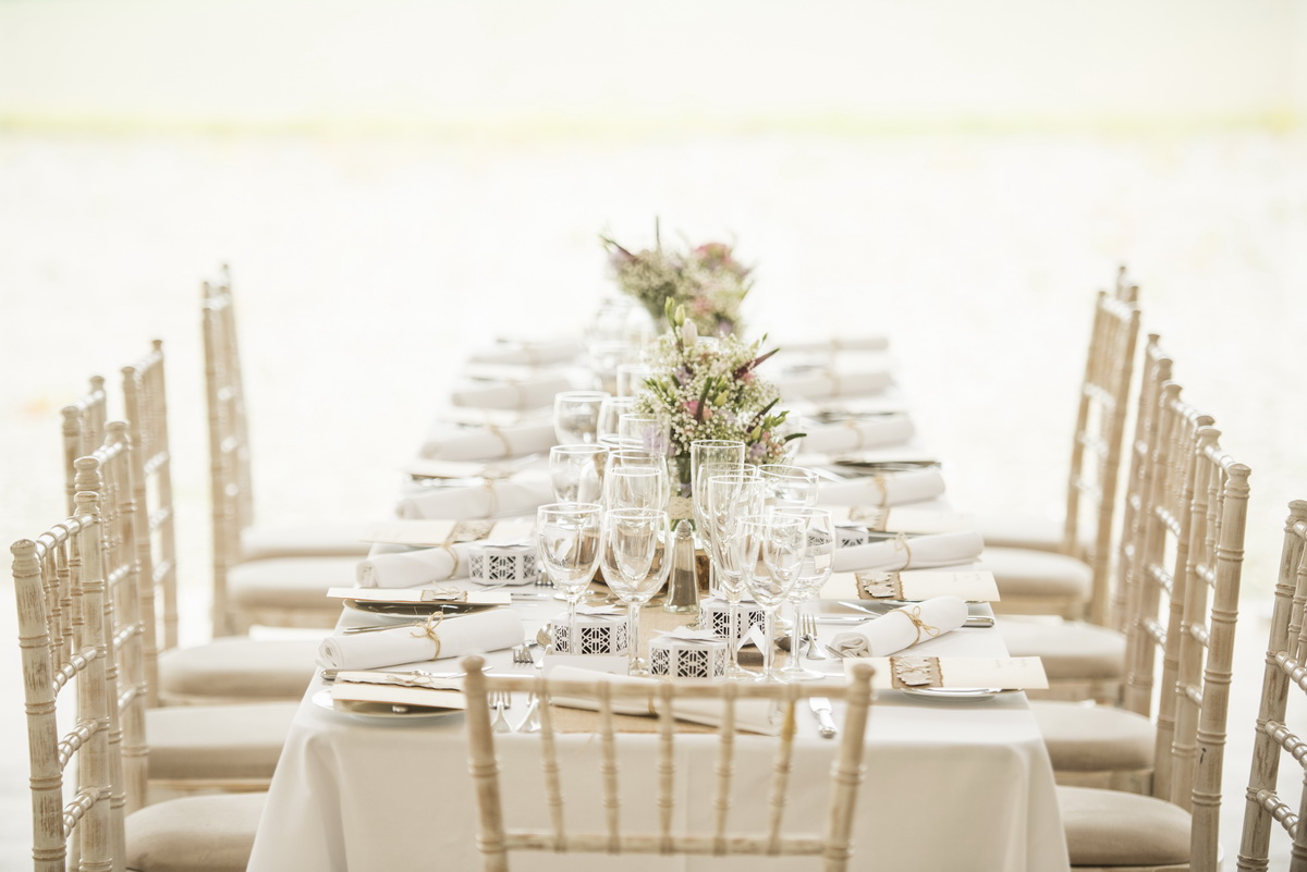 a-details-place-setting-window-table-chairs.jpg