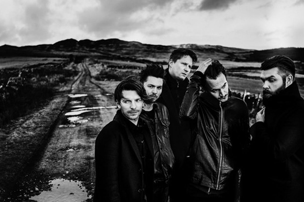 editors-band-black-white-musicians.jpg